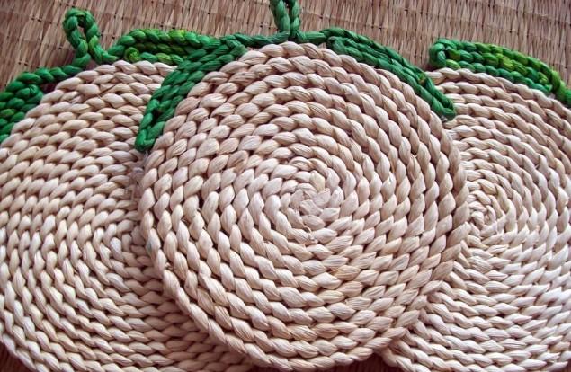 玉米皮拧墩子步骤图片