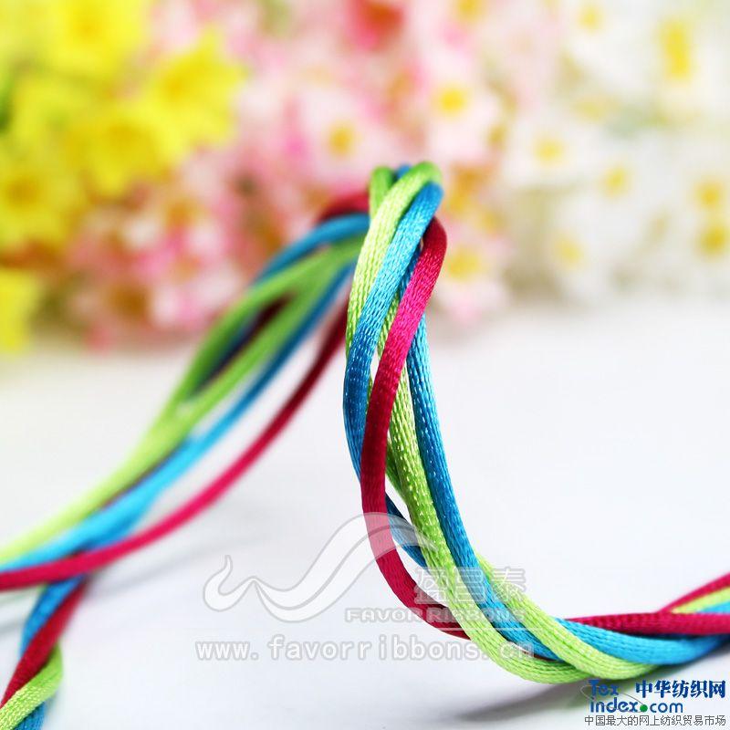 礼盒双绳蝴蝶结的系法图解
