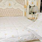 驼绒被及床垫