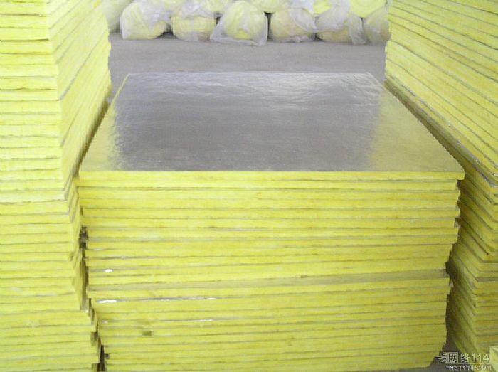 制品有限公司是专业生产钢结构墙体夹心专用玻璃棉板